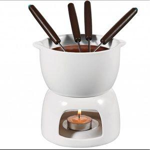 Brand new fondue set